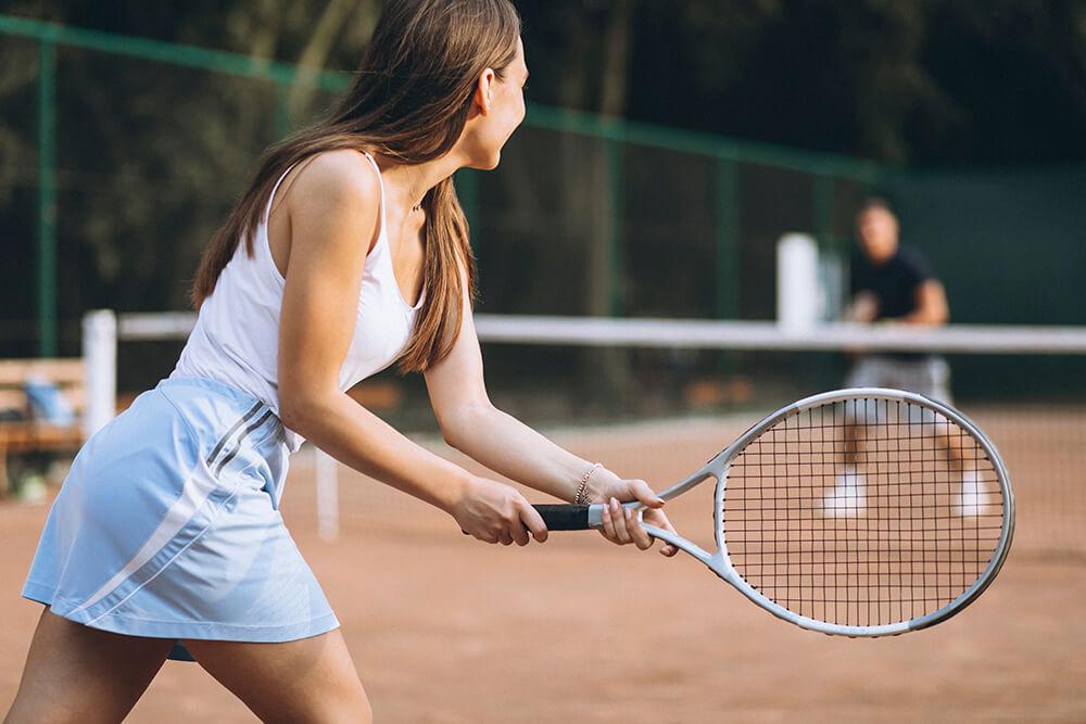 Codo de tenista: un verdadero dolor en el cuello